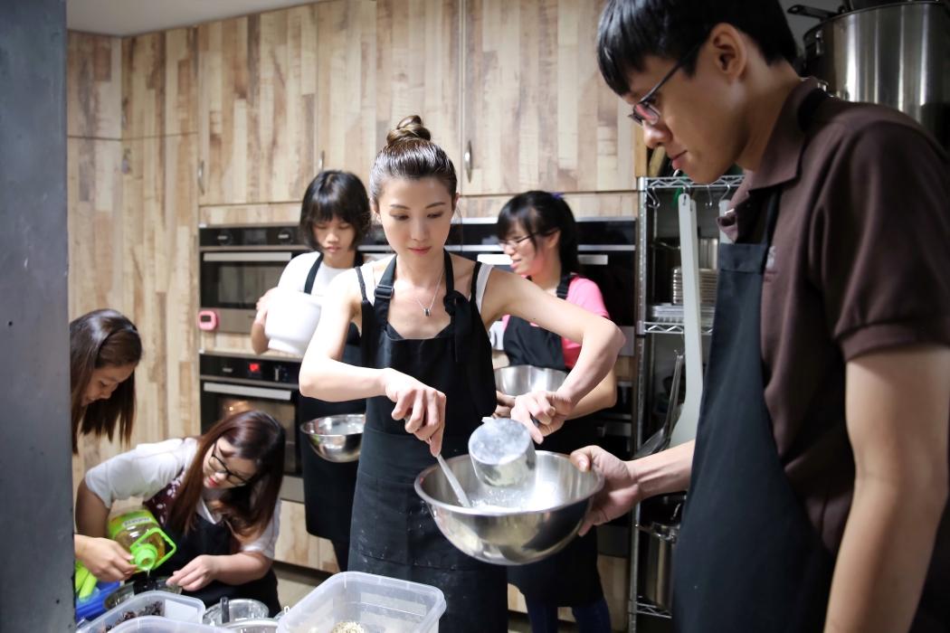 charity bake (7)